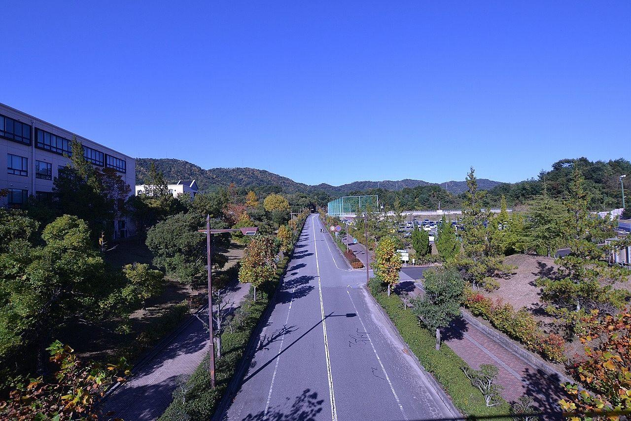 東広島市にある大学の授業再開日程等について